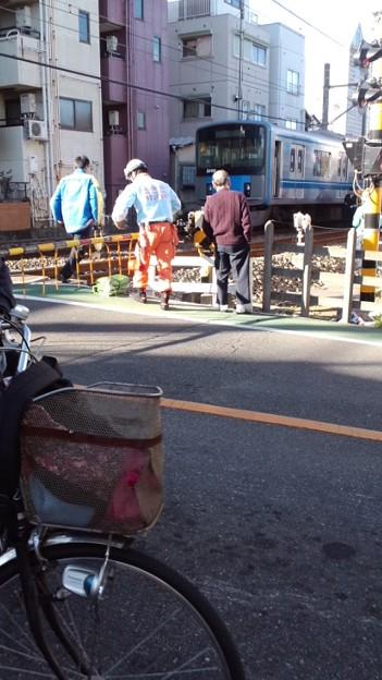 西武 新宿 線 踏切 事故