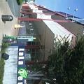 """写真: 駅前に開発された""""ショッピングモール""""。"""