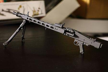 MG42 (9)