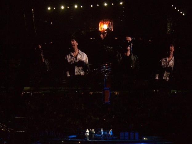2009-09-24_U2 (23)CurtainCall_4_R