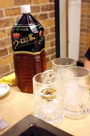 2010/08/13(FRI) 旭市・大衆肉料理 今久/ウーロン茶(ペットボトル) 630円