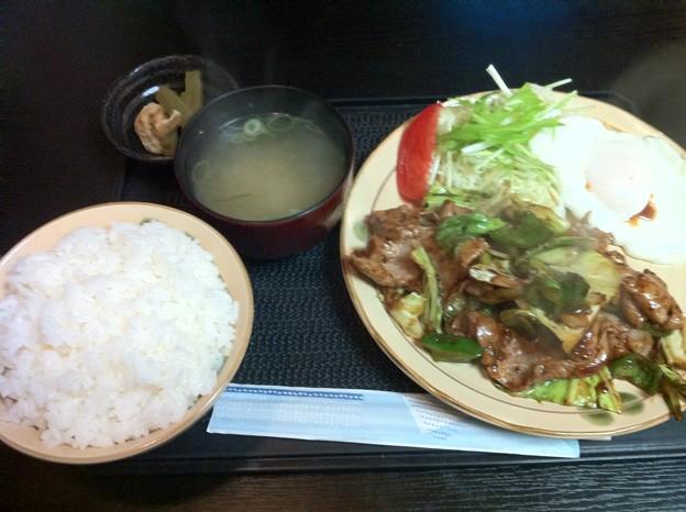 写真: 鶴の恩返し 回鍋肉定食