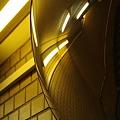Photos: 赤坂駅、鏡