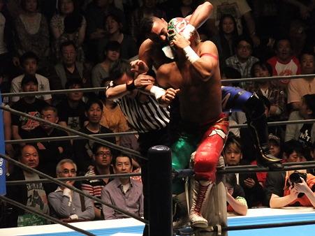 新日本プロレス BEST OF THE SUPER Jr.XIX Aブロック公式戦 BUSHIvsロッキー・ロメロ (1)