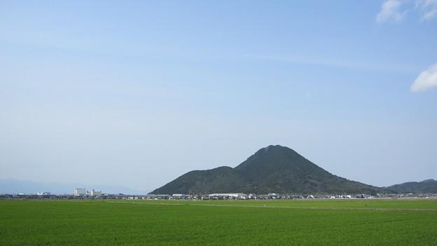 三上山(中)