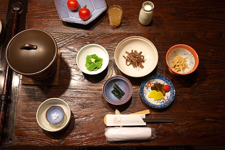 2010.10.26 肘折温泉 朝食 お豆腐と紫蘇巻き等