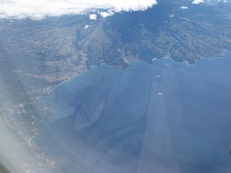 20110101 JL712便 から見える フィリピン