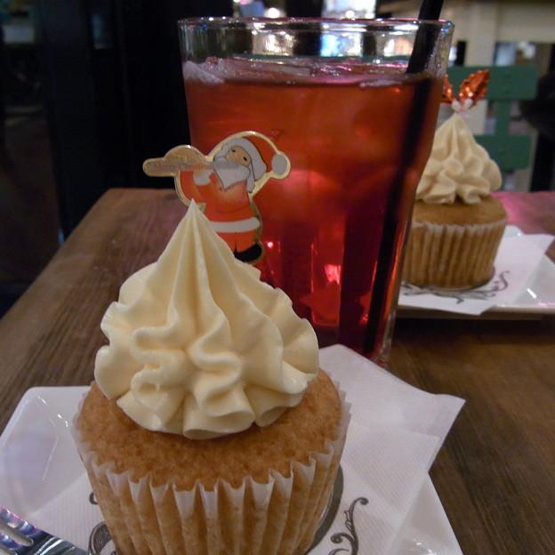 【東京|カフェ】 PARIYA (05) カップケーキ