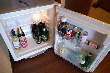 冷蔵庫内の飲み物は有料