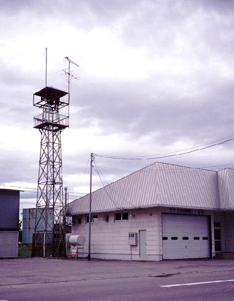 s99-26 火の見櫓と消防屯所