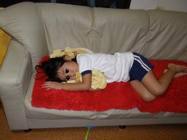 疲れてお昼寝