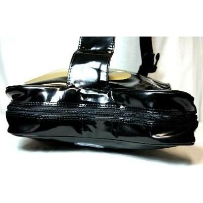 ギター型のショルダーバッグ6