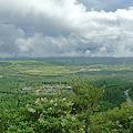 写真: 瀬の本高原を見下ろす(1)