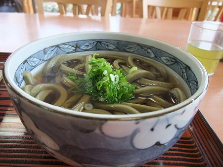 お茶うどん(道の駅・茶倉【三重】)