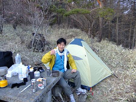 観音平駐車場奥でのキャンプ