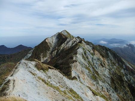 剣ヶ峰に続く稜線