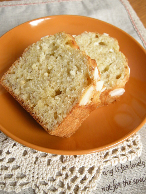 写真: バナナケーキ