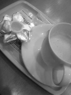 ドトールでカフェラテに更に...